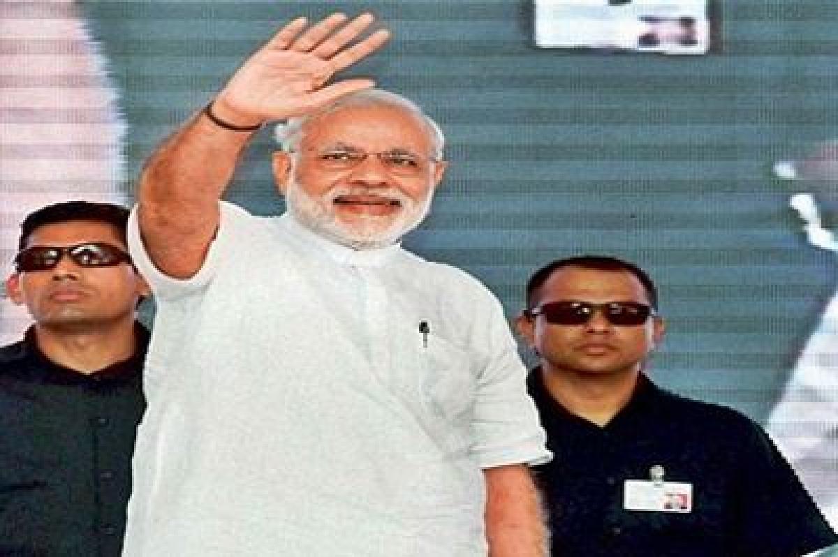 Narendra Modi skips RSS' iftaar party, causes heartburn