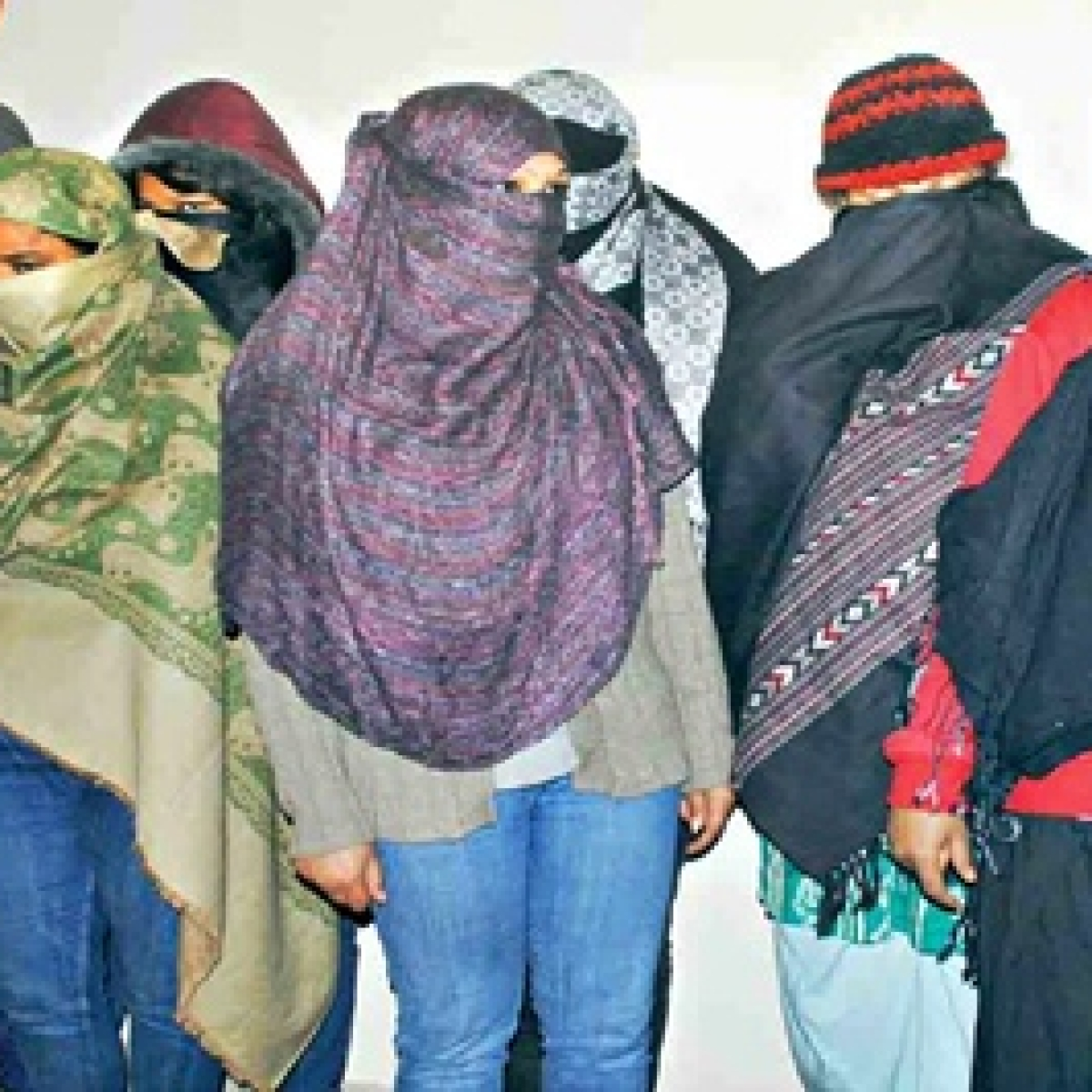 Mumbai: Sex racket busted: Fashion model arrested, another rescued