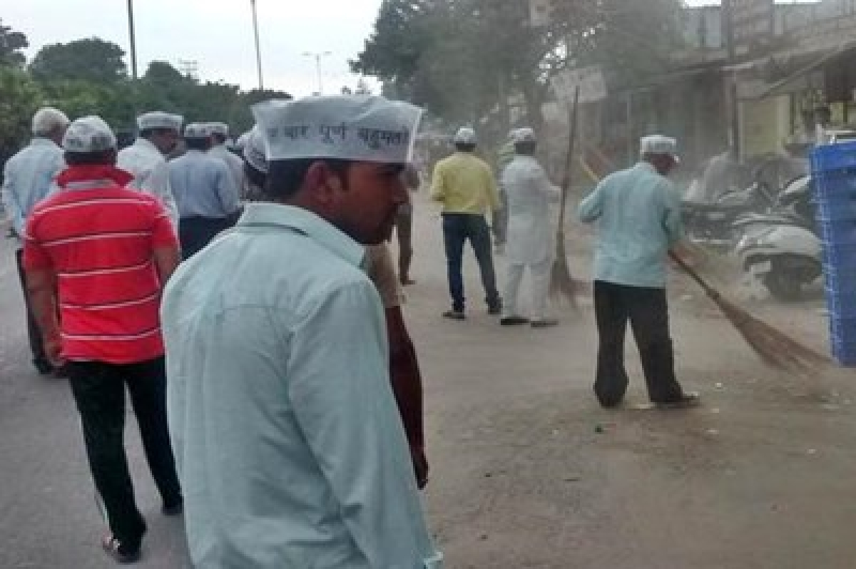 AAP leaders take part in 'cleanliness drive' in capital