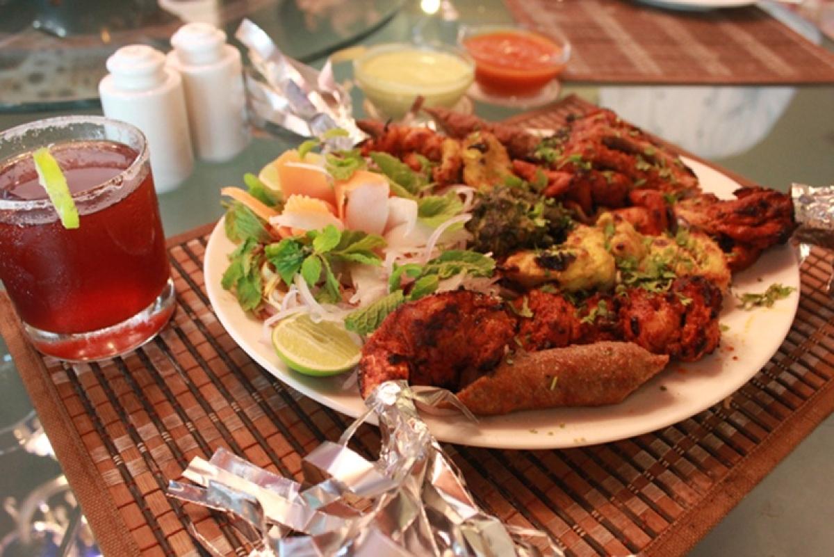 Grilled meat spread at Al Rehmani Picture Credits: redscarabtravelandmedia.wordpress.com