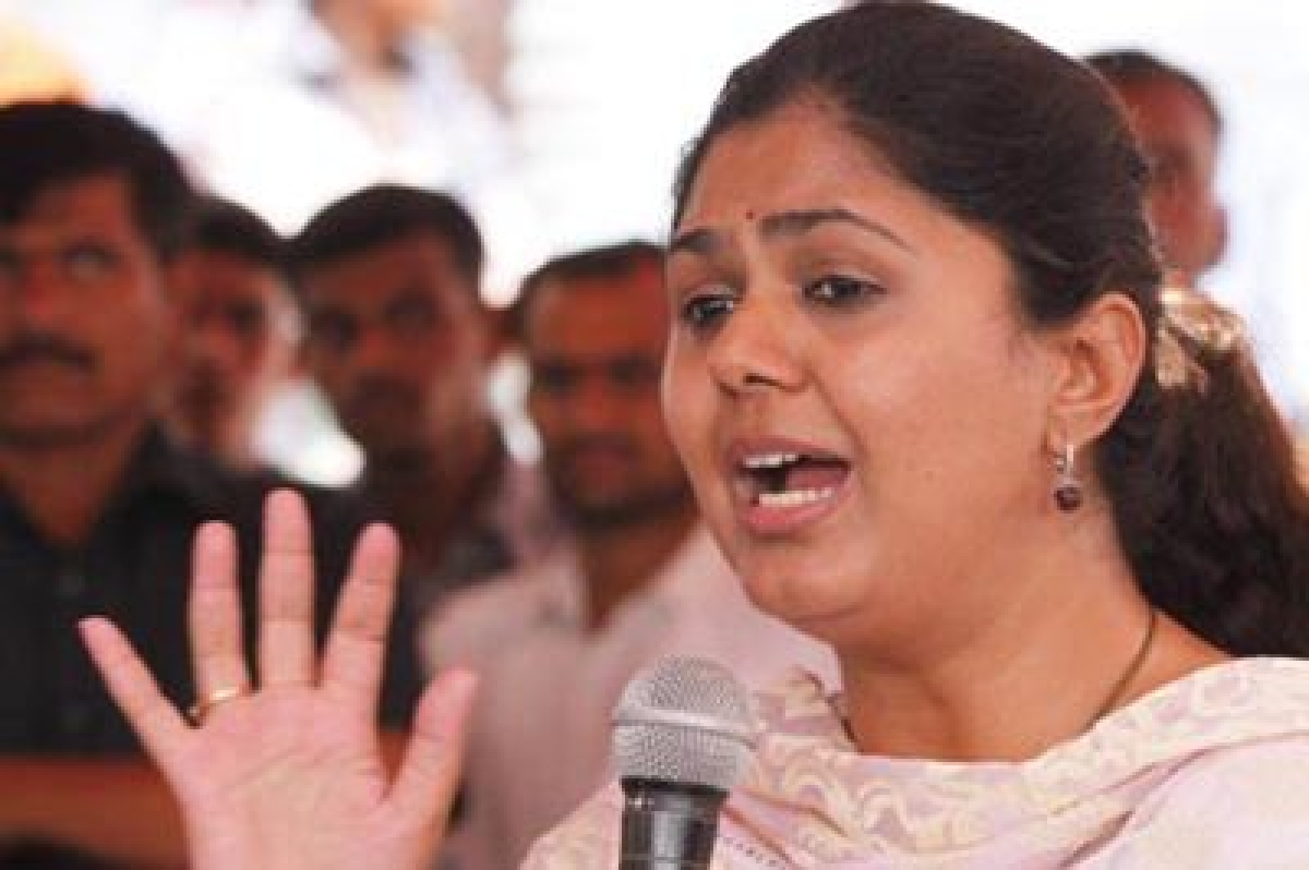 Pankaja Munde disapproves BJP leaders attacking MVA Govt says, 'this is not a time to play politics'