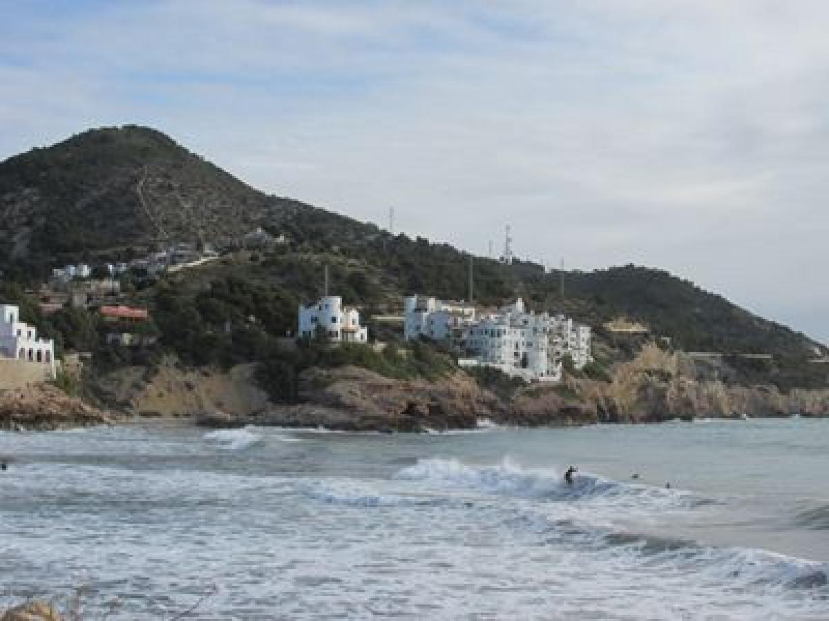 Spain: Sun, surf, seafood, sculptures