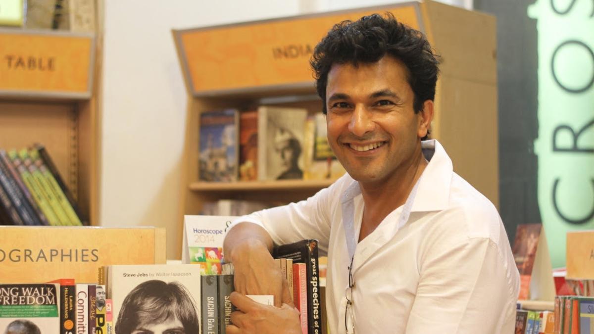 Chef Vikas Khanna showcases 'Mega kitchens'