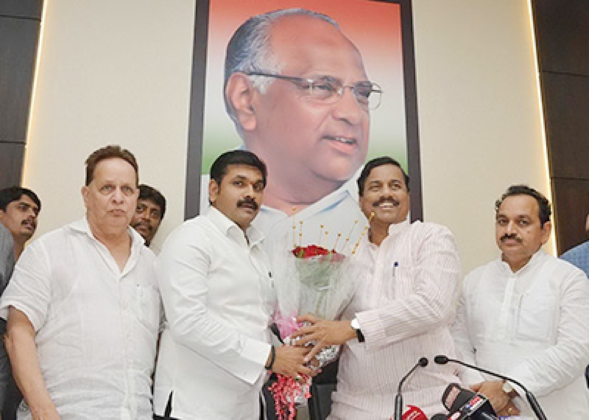 Mumbai July 04 :- Sunil Tatkare, President, Maharashtra State, Nationalist Congress Party to appointed to Sachin Ahir as a Mumbai District President & Nawab Malik vice President in Mumbai. ( pic by Ravindra Zende )