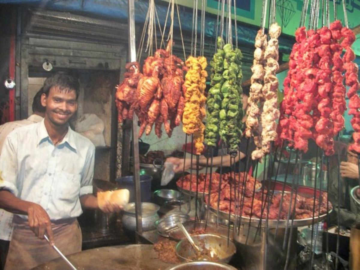 The cook at Janata strikes a pose