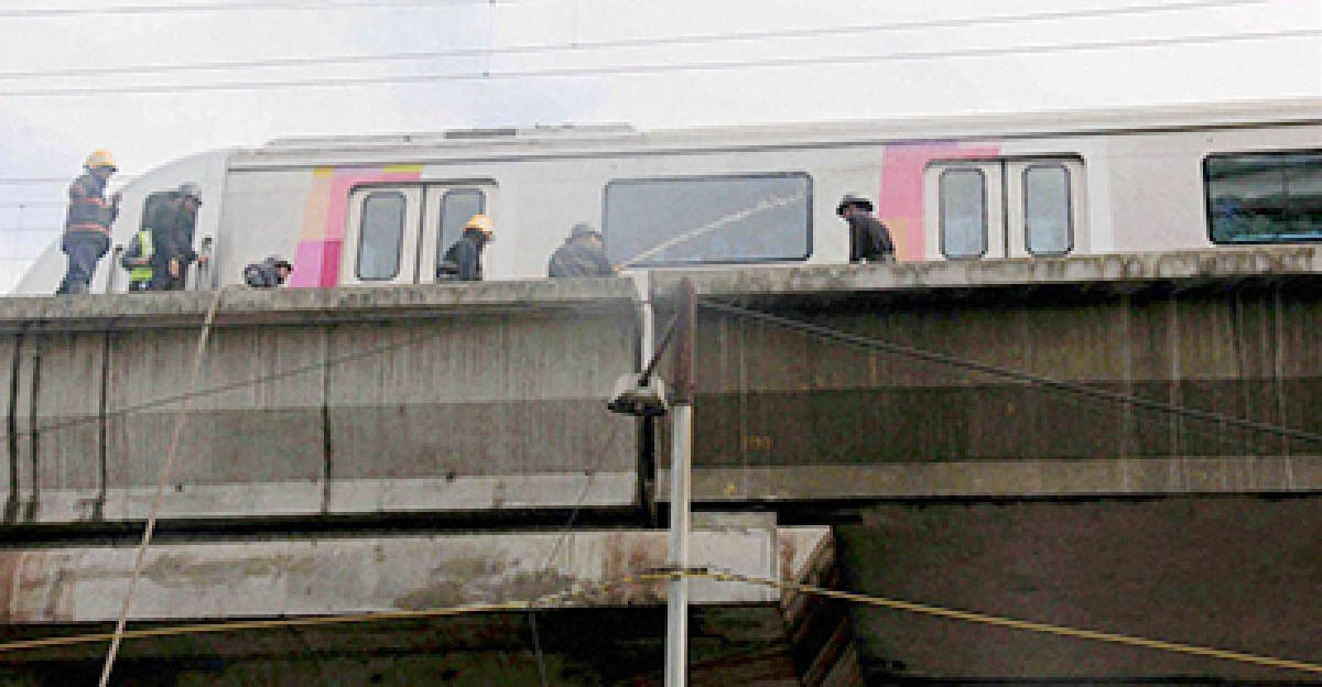 West Bengal: Kolkata Metro brings in international experts to prevent further damage to houses