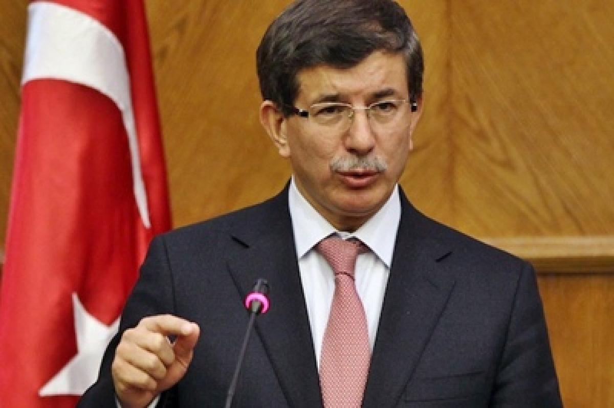 Turkey's ruling AKP restores majority in parliament