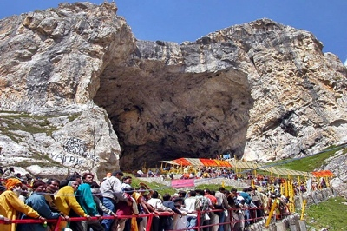 1,342 pilgrims leave for Amarnath