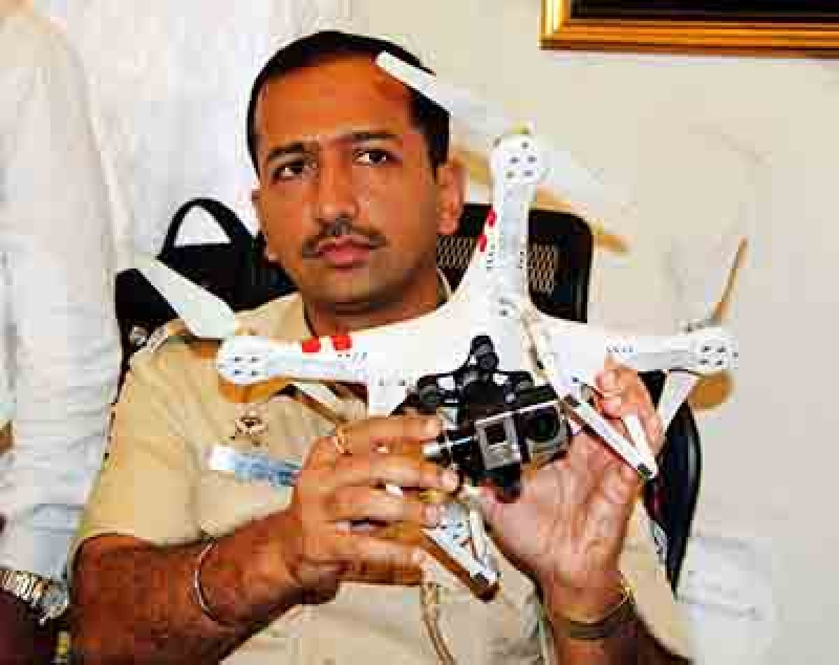 Flying Tech Nuisance For Weary Cops