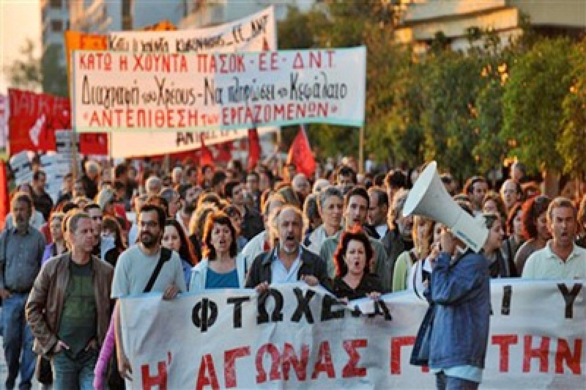 Greece, creditors fine-tune third bailout