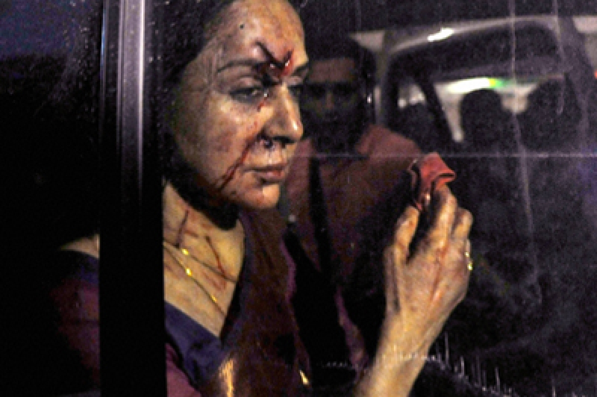 Jaipur: Veteran actress and BJP MP Hema Malini being rushed to a hospital in Jaipur on Thursday after being injured in a road accident in Dausa.    PTI Photo (PTI7_2_2015_000246B)