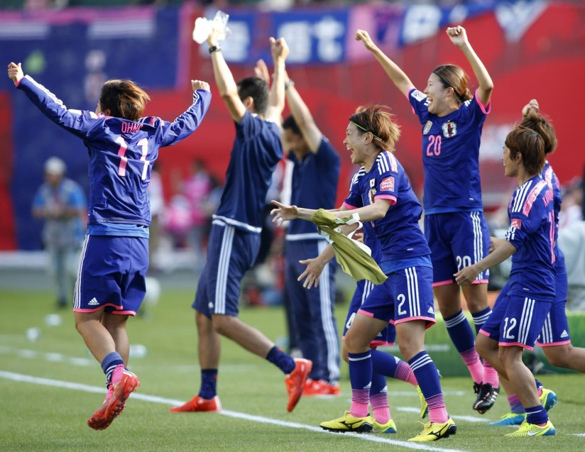Japan beat England 2-1, to face USA in final