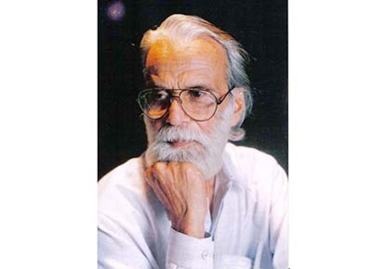 Lyricist Bashar Nawaz of 'Bazaar' fame dies