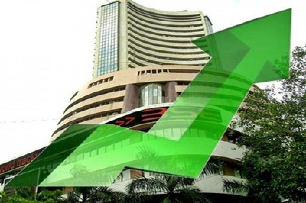 Sensex gains 61 points in early trade