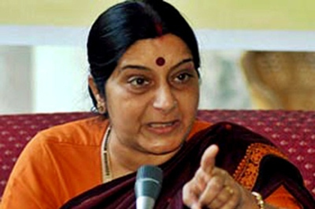 Sushma Swaraj to spill beans about Congress leader