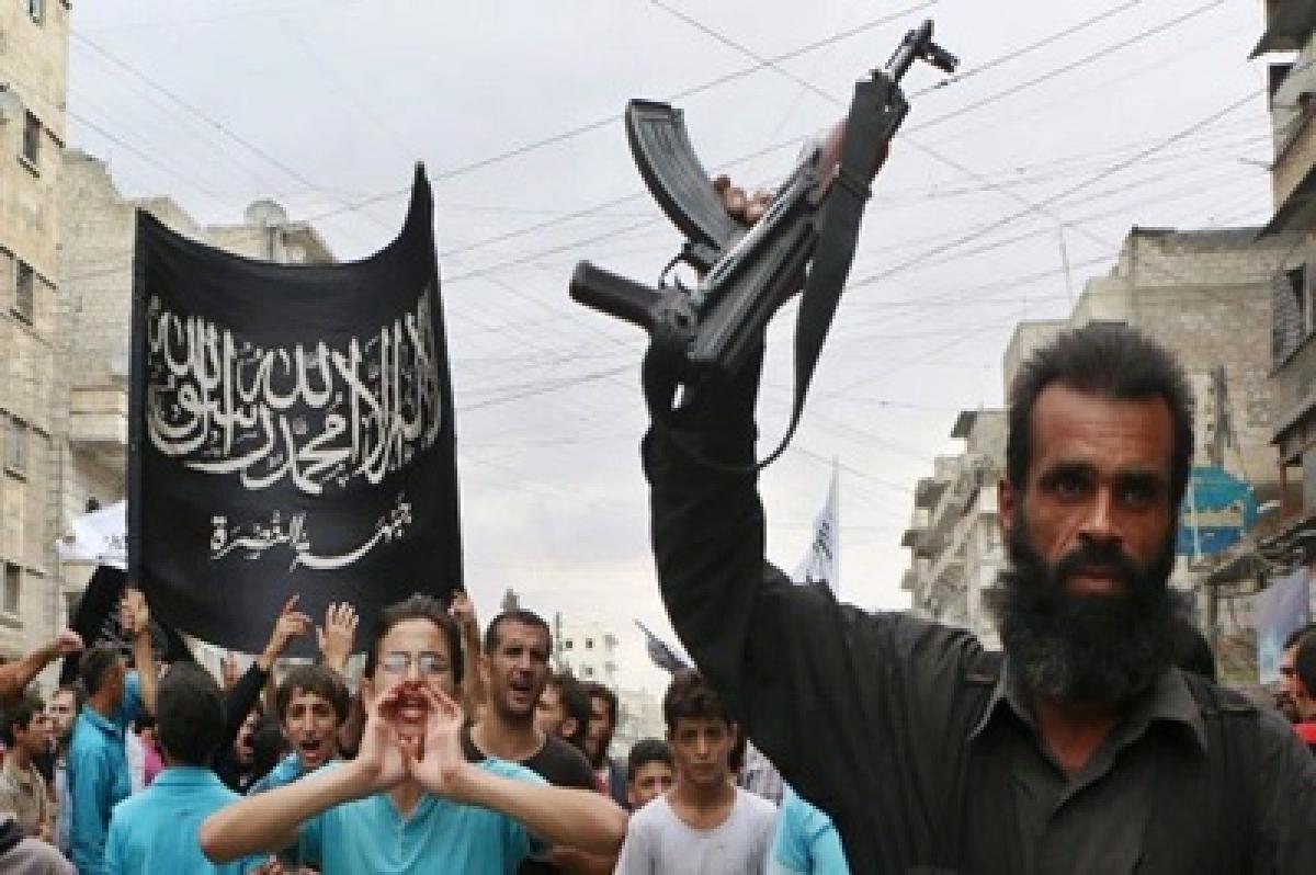 Syria mosque blast kills 25 Al-Nusra fighters: monitor