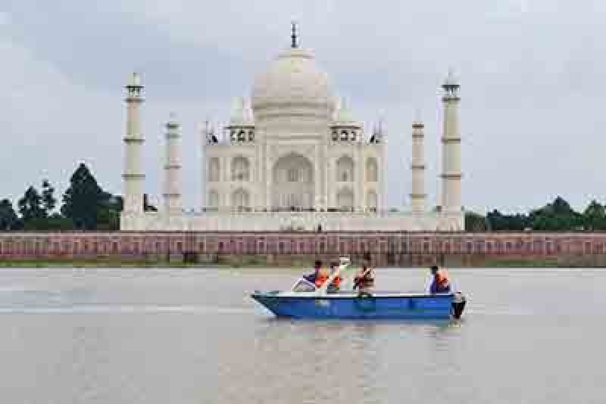 Taj Mahal's foundation under threat, says historian