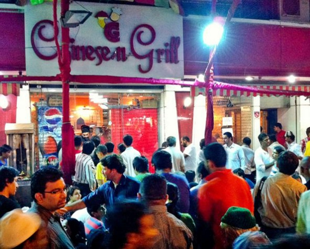 People crowding at Chines n Grill Picture Credits: indiadestinationsblog.wordpress.com