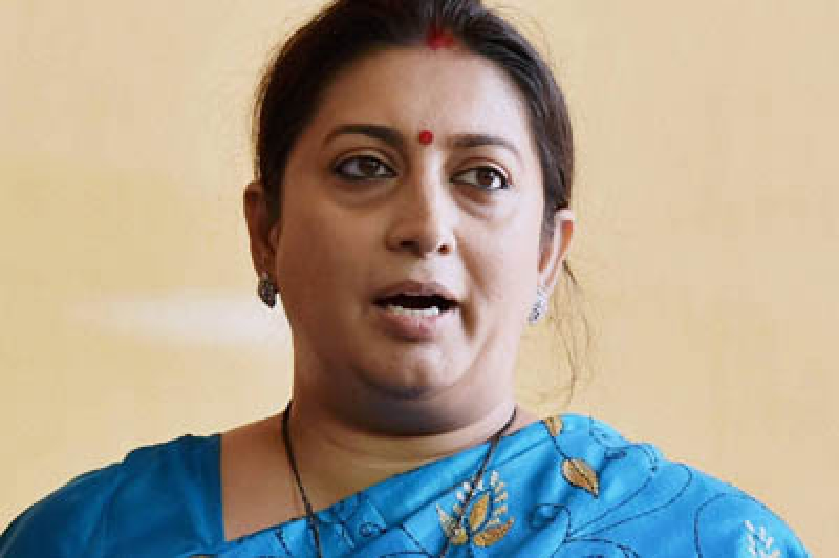 Road death: Congress targets 'Queen' Irani for her irresponsible gesture