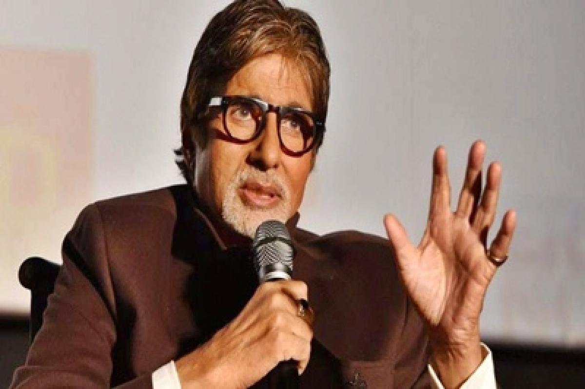 Never discriminated between Abhishek, Shweta: Amitabh Bachchan
