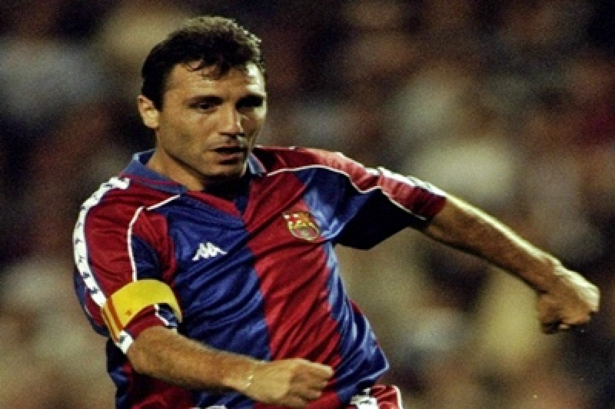 Van Gaal destroying Man United: Hristo Stoichkov