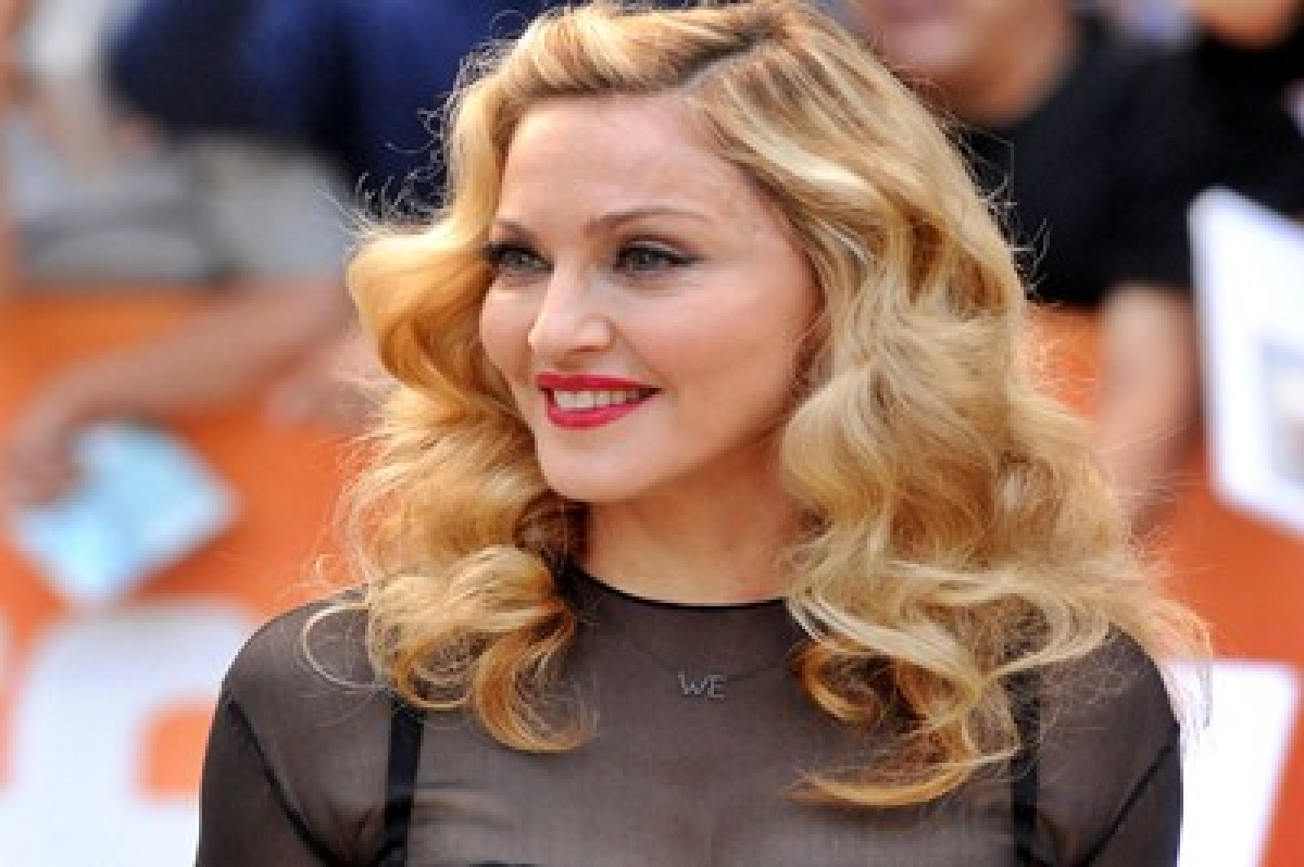 Madonna to don Gucci clothes, accessories for tour