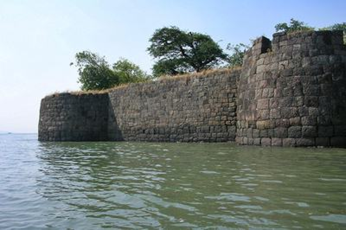 Discover the 6 best sea forts of Maharashtra