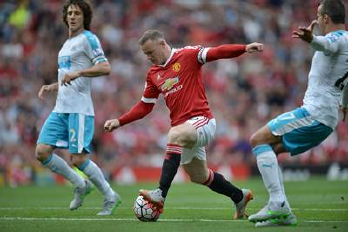 Newcastle United stand firm to snatch 0-0 draw against Manchester United