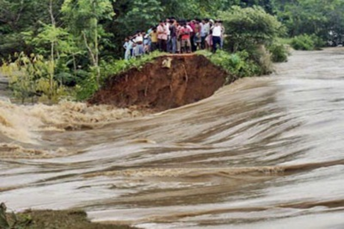 Central team to visit flood-hit areas of West Bengal
