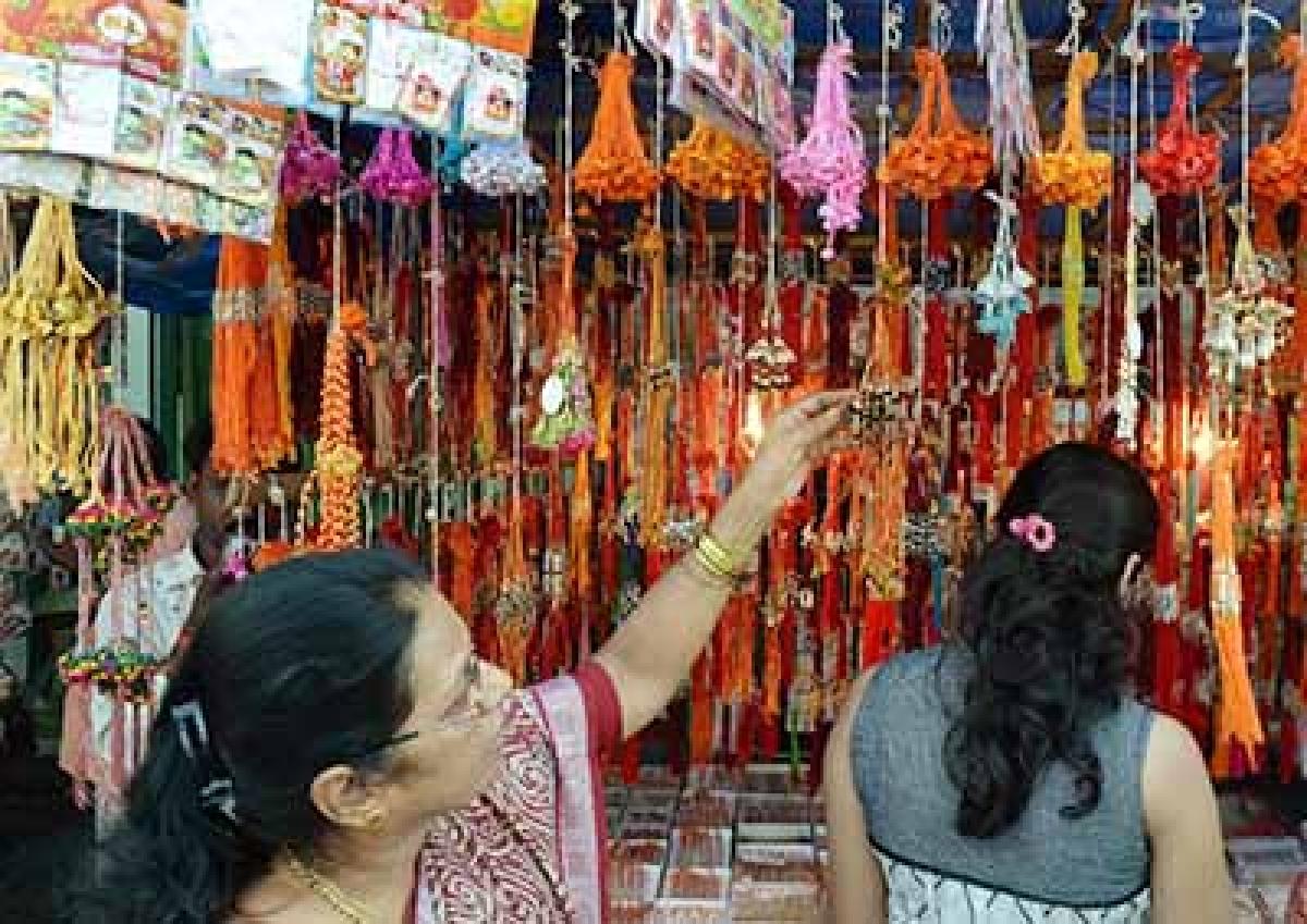 Choose rakhi colours,  gifts as per zodiac sign