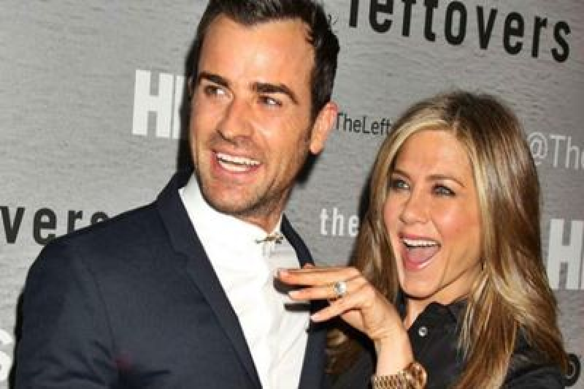 Jennifer Aniston, Justin Theroux marry in private ceremony