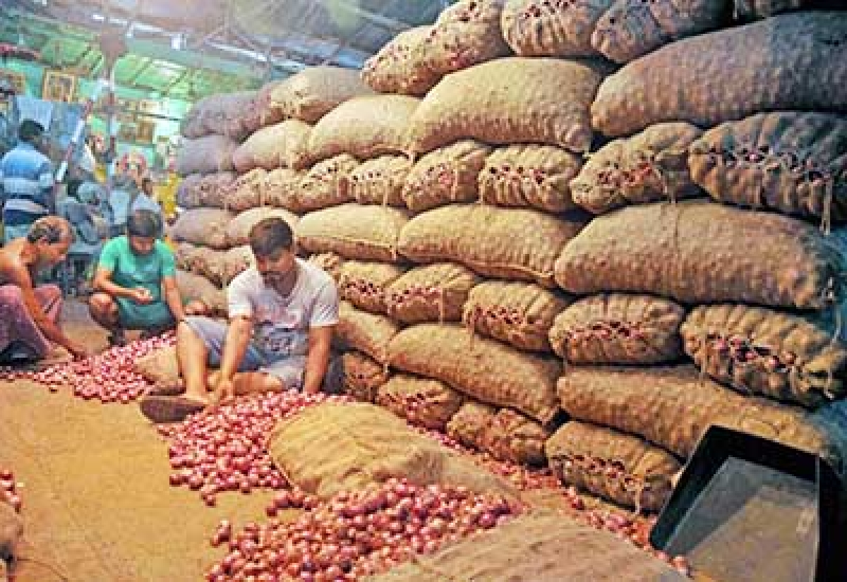 Bhopal: Last year's dues unpaid; warehouses not ready to stock onions