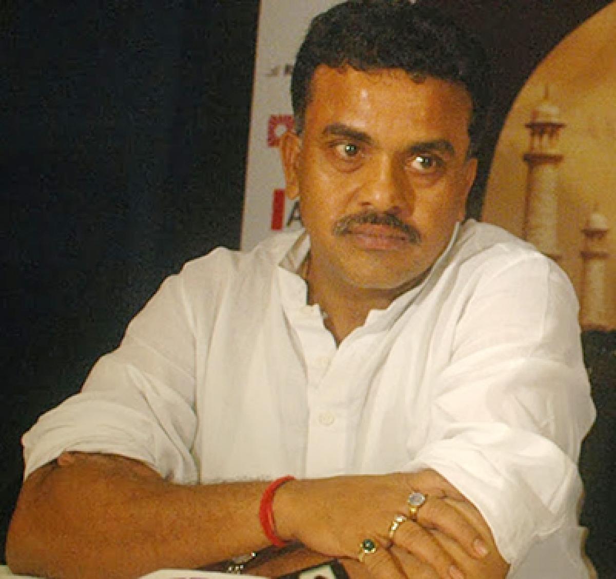 Top Shiv Sena leaders are involved in tablet scam: Sanjay Nirupam, Congress