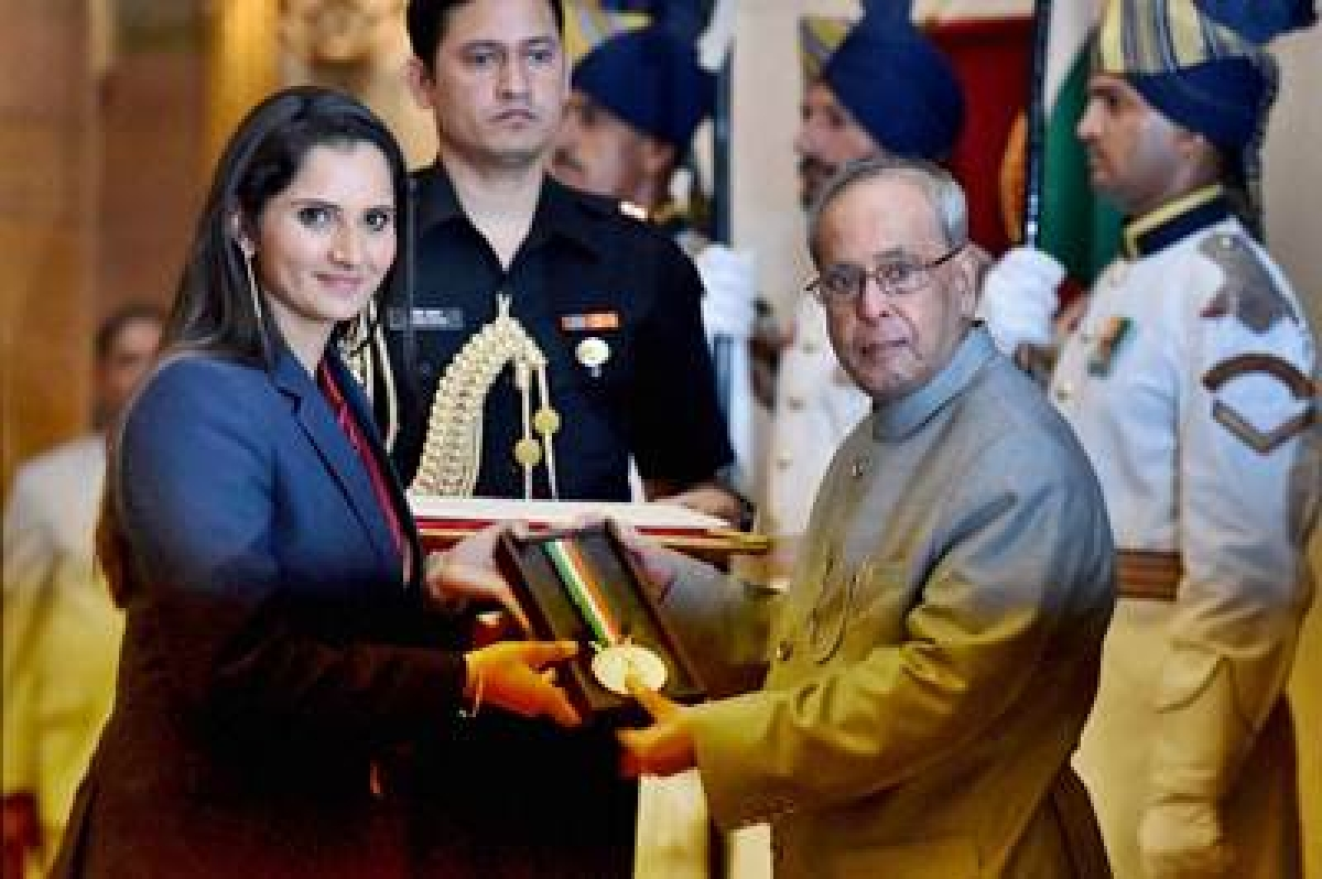 Sania Mirza conferred Khel Ratna, Arjuna awards also given