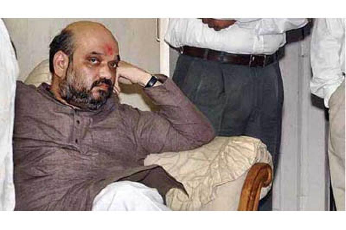 Amit Shah stranded in lift, BJP smells rat