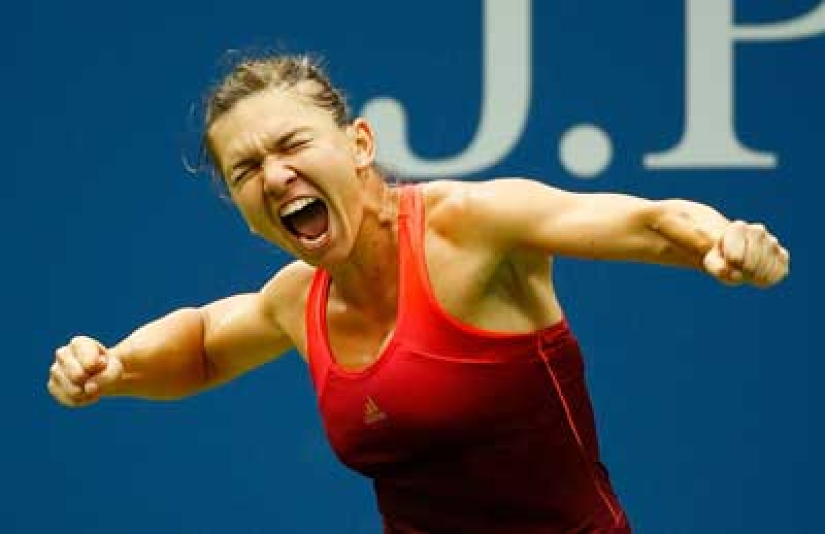 Halep, Pennetta advance with hard-fought wins