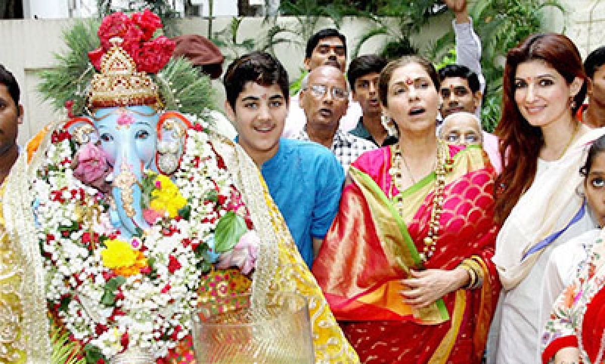 Day 5 sees immersion of 12,000 Ganesh idols