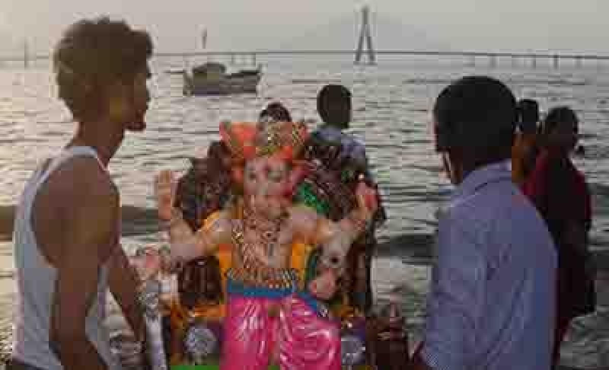 Mumbaiites bid adieu to more idols on Day 7, leave city dirtier