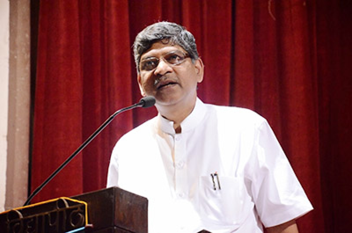 Dr Welukar spent Rs.18.22 L on tours