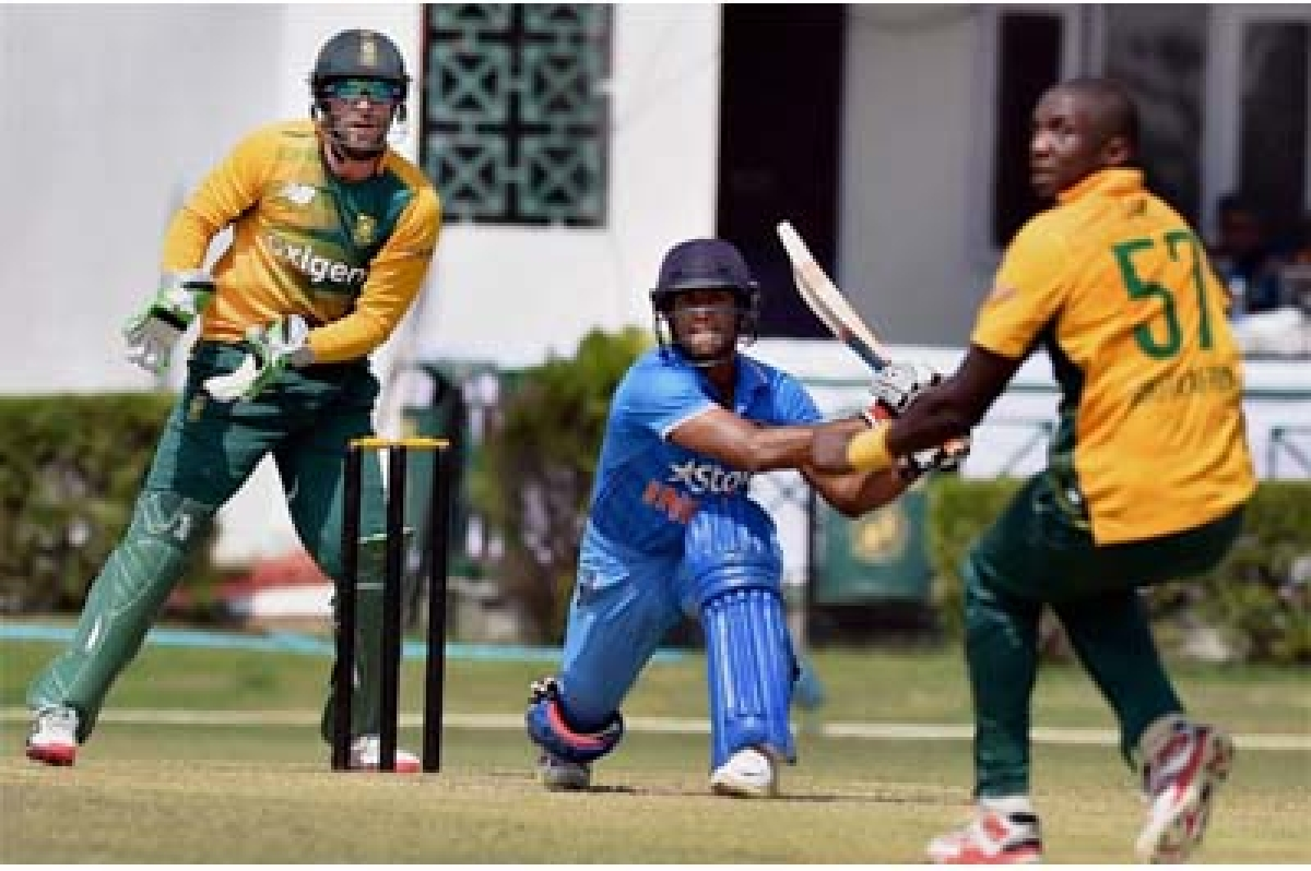 Mayank spoils Proteas'warm-up party plans