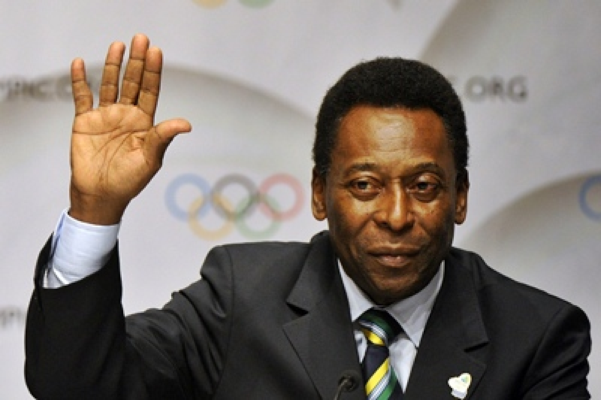Pele leads calls for change at top of Brazilian football