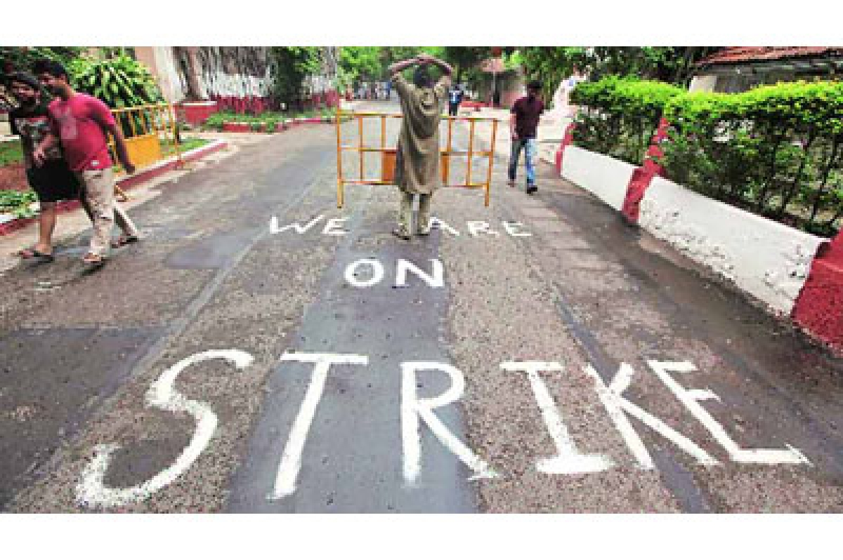 FTII row: 20 students detained by Pune Police