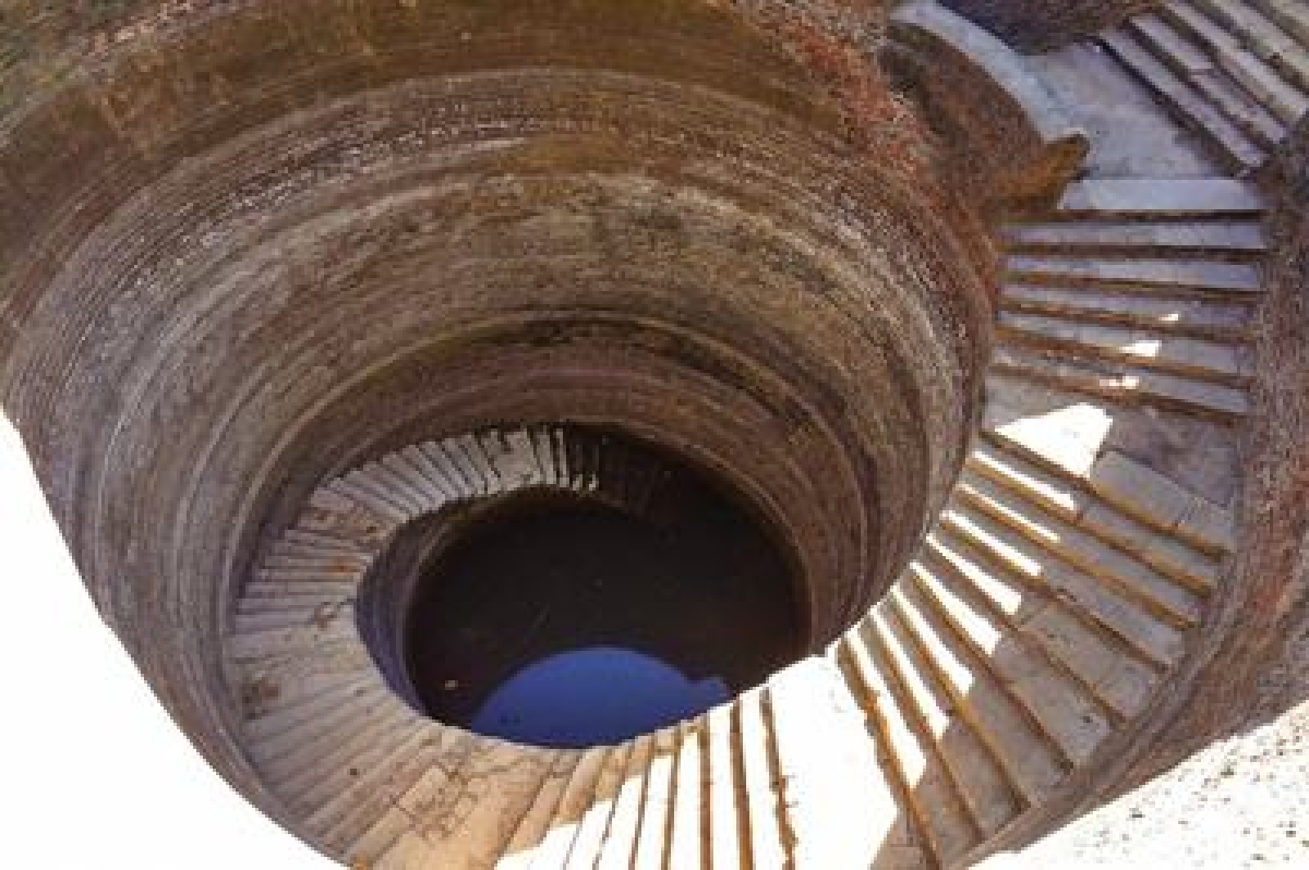 10 most gorgeous step wells in India