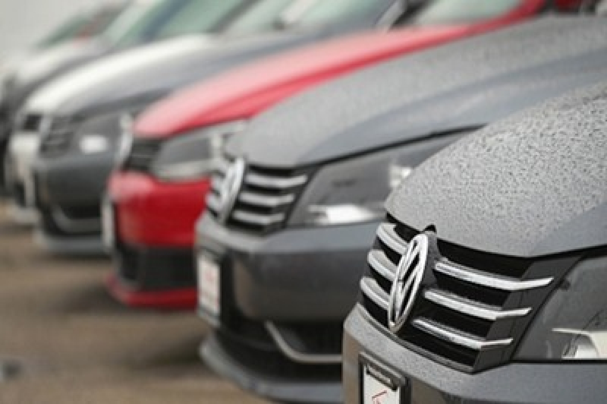 Volkswagen hit with Australian lawsuit over emissions scandal