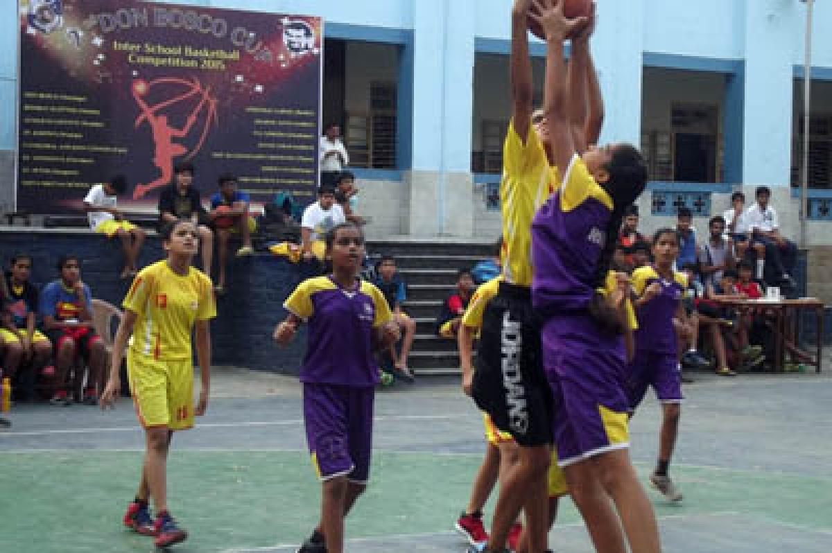 Basketball: Vibgyor enter final