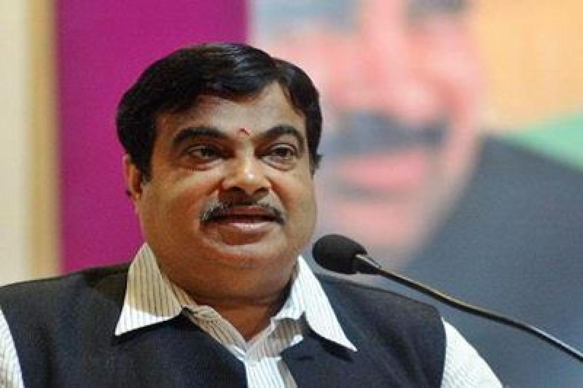 Gadkari: India needs $1 trn  for roads, ports, airports