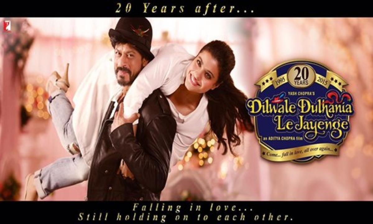Blast from the past: SRK, Kajol get into DDLJ mode