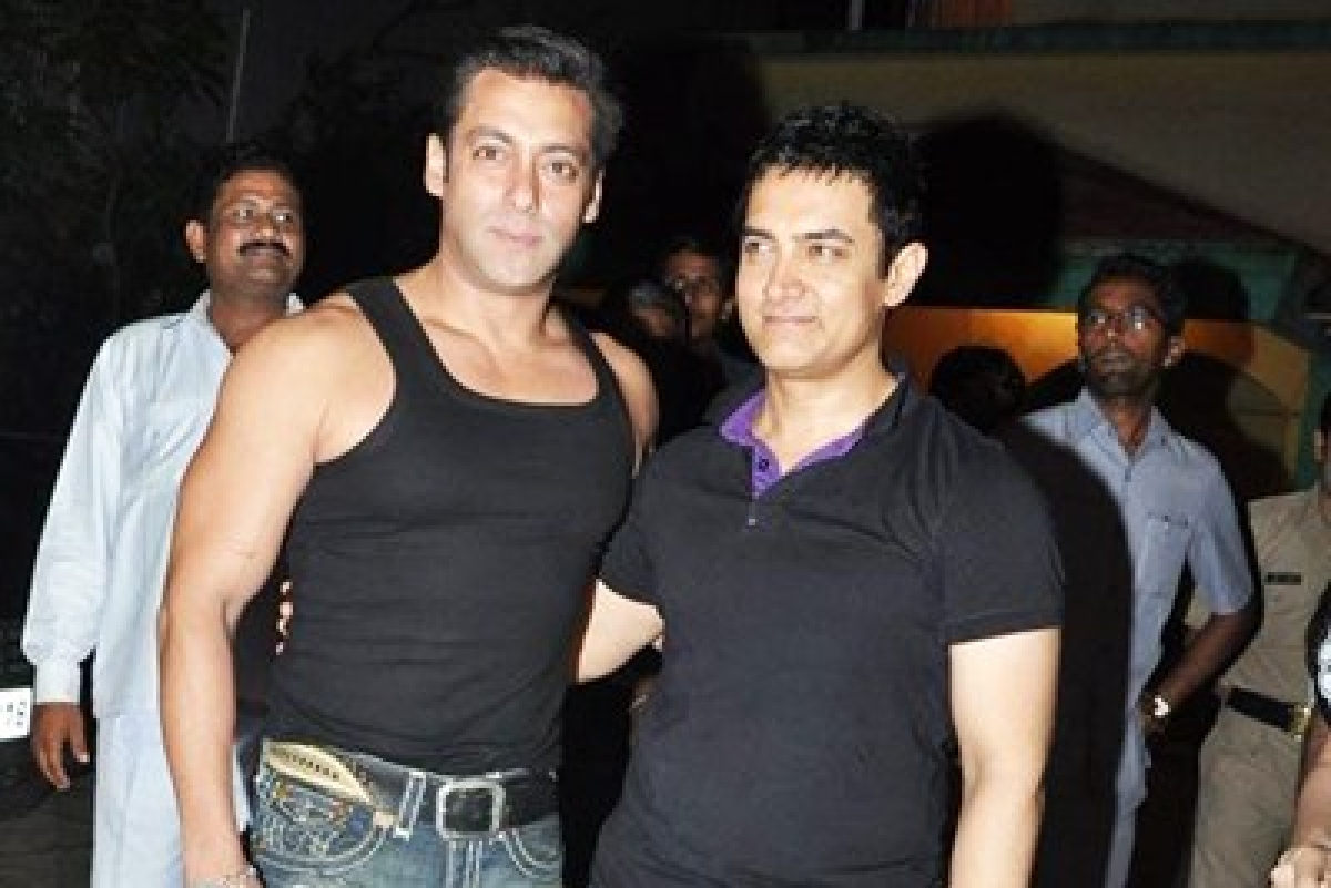 Salman-Aamir exchange cold vibes at a party?