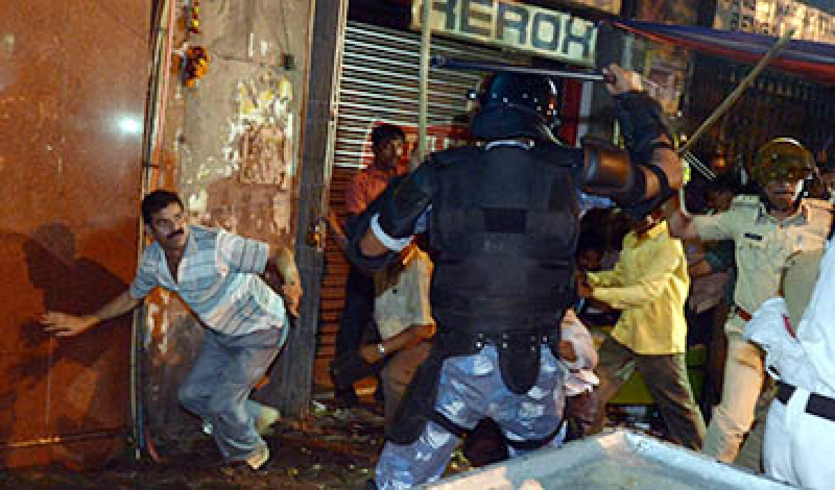 CPI(M) condemns 'brutal' lathicharge on Comrades