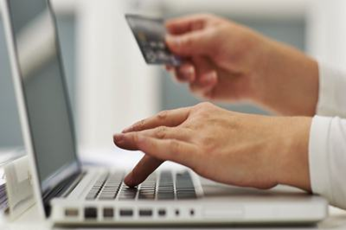 Online shopping marts make mega pitch with R-Day sale